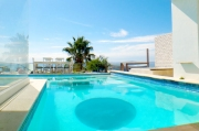 Atlantic Bay Villa