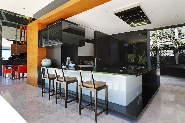 Oceana villa clifton cape town south africa for Kitchen inc cape town