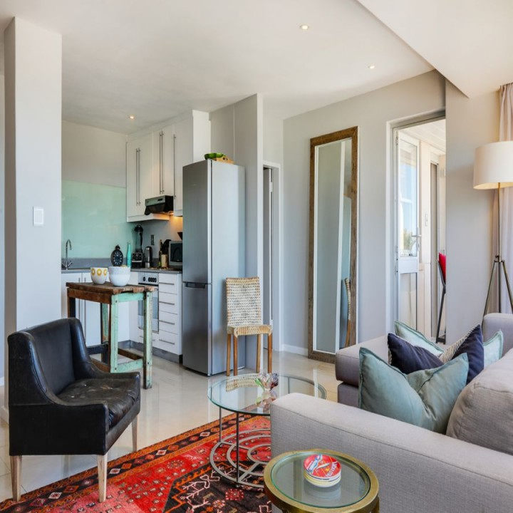 Promenade At Town Center Apartments: Seacliffe Penthouse