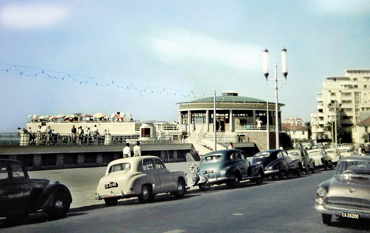 Beach Road in Sea Point around 1957!