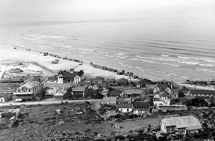 Muizenberg around 1890!