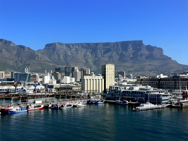 Top 10 Things to See in Cape Town Waterfront