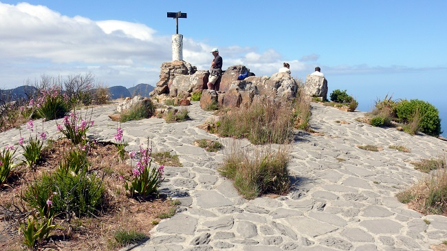 Top 10 Free Things to Do in Cape Town Lions Head