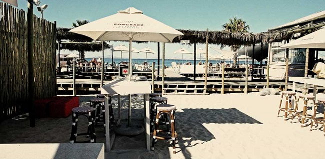 Sundowners in Cape Town at The Grand Beach Cafe Waterfront