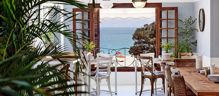 Best Camps Bay Bars For Celeb-Spotting in Cape Town - La Parada