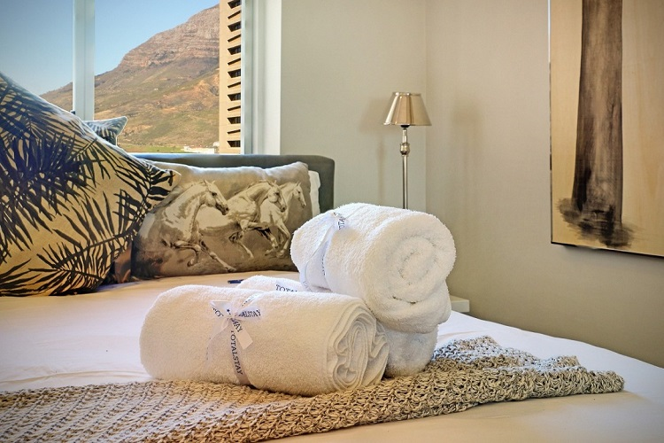 The Best Romantic Accommodation in Cape Town - Triangle Luxury Suites