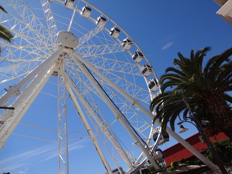 8 Romantic Things to do in Cape Town on Valentine's Day - Cape Wheel