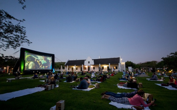 Best Things to do in Cape Town This Weekend — 23-25 March 2018 - Outdoor Movie Nights at Spier