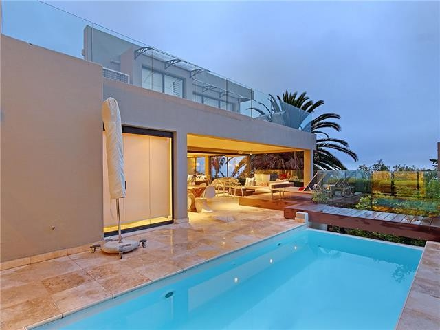 authentic villas in Cape Town